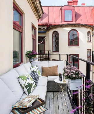Awesome Small Balcony Ideas For Apartment34