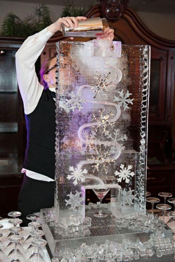Awesome Winter Wonderland Wedding Decoration18