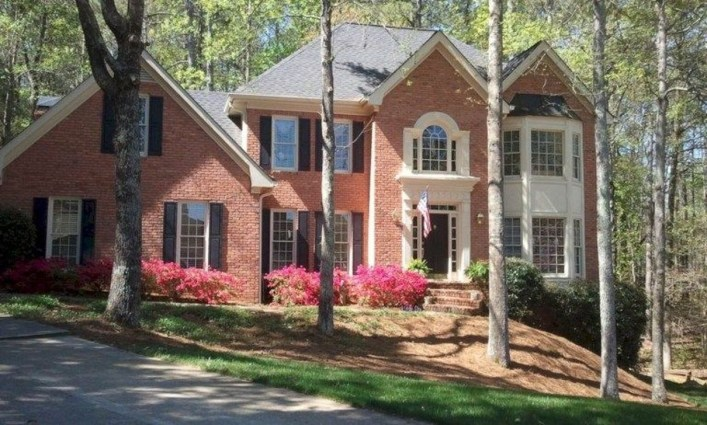 Best Exterior Paint Color Ideas Red Brick38