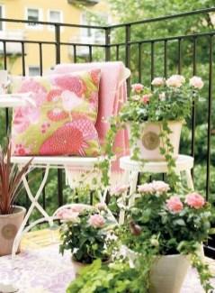 Creative And Simple Balcony Decor Ideas18