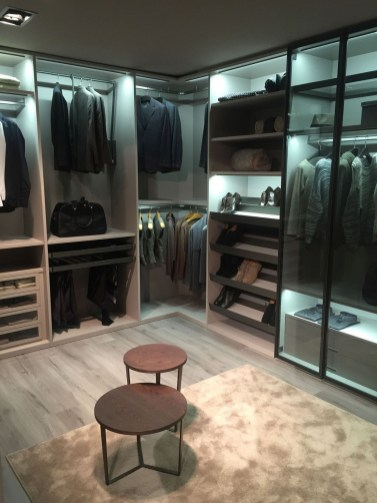 Design Wardrobe That Is In Trend35