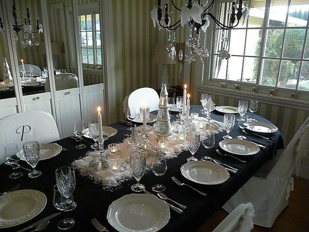 Lovely Dinner Table Design24