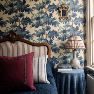 The Best Interior Design Using Wallpaper To Add To The Beauty Of Your Home33