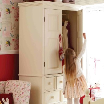 The Best Wardrobe Shutter Designs For Childrens06