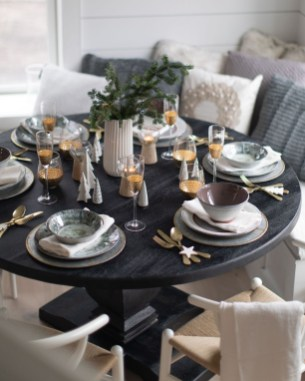 The Ideas Of A Dining Room Design In The Winter06