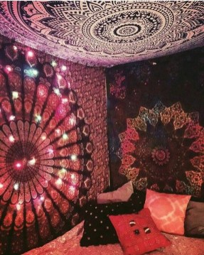 Awesome Bohemian Bedroom Tapestry Decorating Ideas08