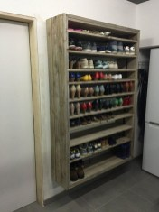 Awesome Shoe Storage Diy Projects For Small Spaces Ideas01