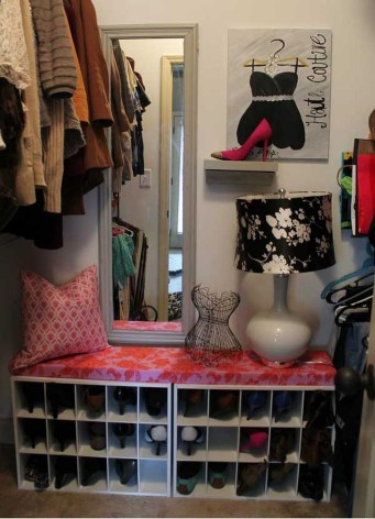 Awesome Shoe Storage Diy Projects For Small Spaces Ideas28