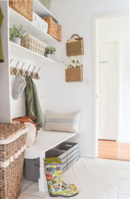 Beautiful Ideas For Tiny Laundry Spaces10