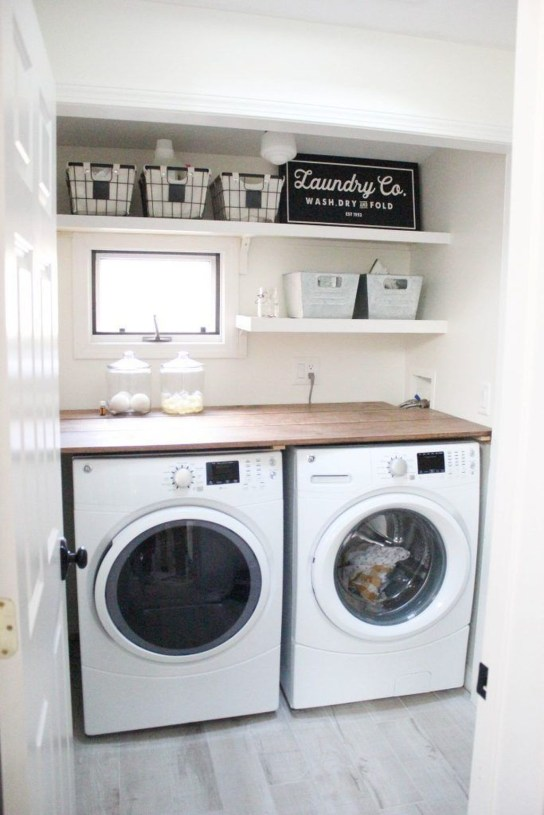 Beautiful Ideas For Tiny Laundry Spaces33