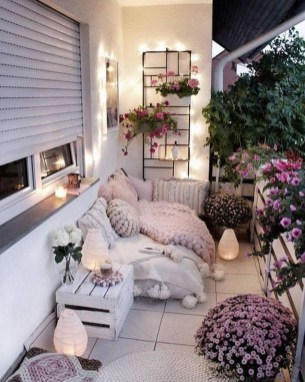 Decoration Of Balconies In Apartments That Inspire People14