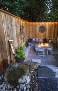 Gorgeous Small Backyard Landscaping Ideas09