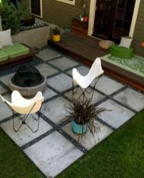 Gorgeous Small Backyard Landscaping Ideas10