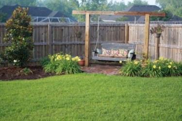 Gorgeous Small Backyard Landscaping Ideas12