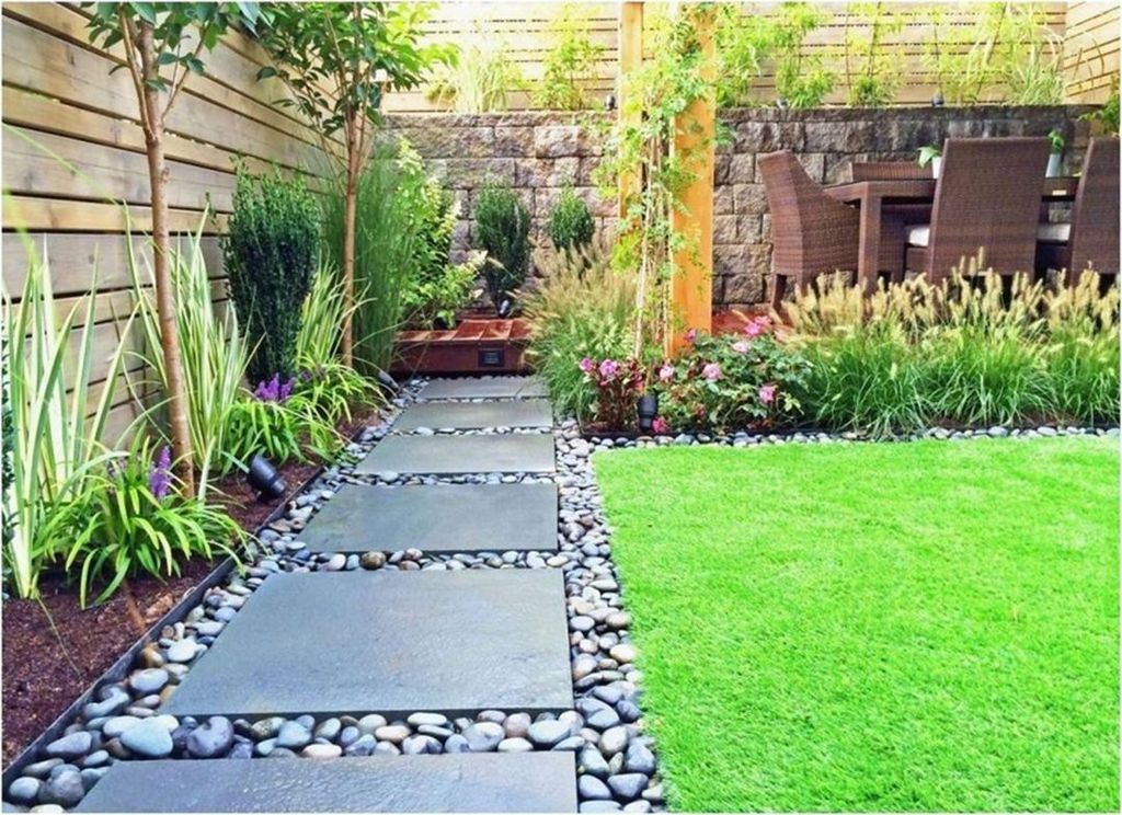 Gorgeous Small Backyard Landscaping Ideas34