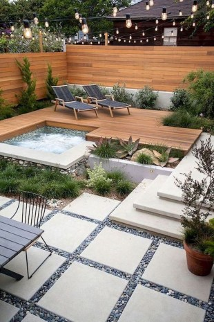 Gorgeous Small Backyard Landscaping Ideas39