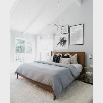 Gorgeous Small Master Bedroom Designs16