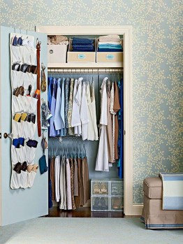 The Best Small Wardrobe Ideas For Your Apartment24