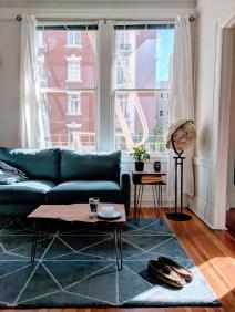 Comfy Studio Living Room Apartment09
