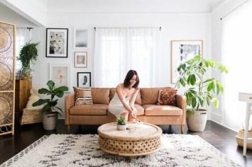 Comfy Studio Living Room Apartment13