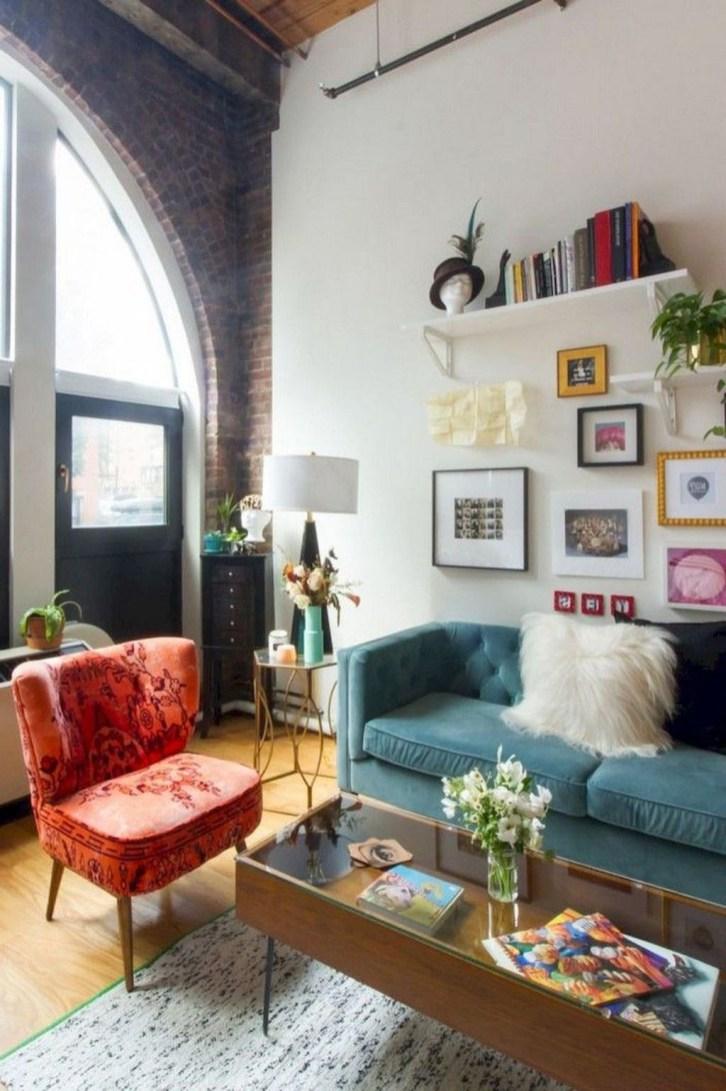 Comfy Studio Living Room Apartment20