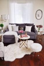 Comfy Studio Living Room Apartment24