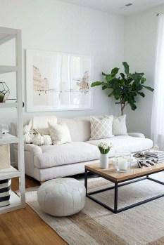 Comfy Studio Living Room Apartment32