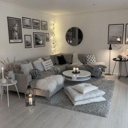 Comfy Studio Living Room Apartment33
