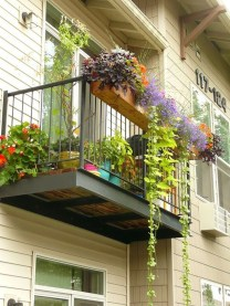 Gorgeous Flower On Balcony Ideas11