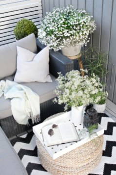 Gorgeous Flower On Balcony Ideas12