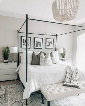 Modern Bedroom Decor Ideas35