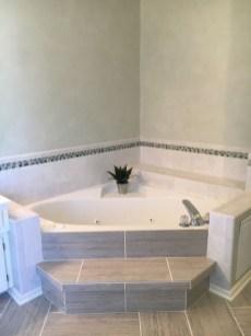Modern Jacuzzi Bathroom Ideas35