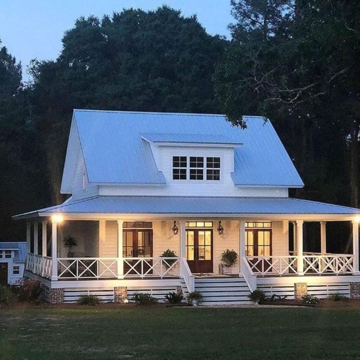 Top Modern Farmhouse Exterior Design Ideas13