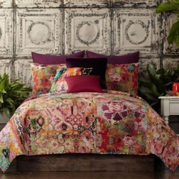Amazing Interior Decoration Ideas With Enchanting Hearts Of Textiles36