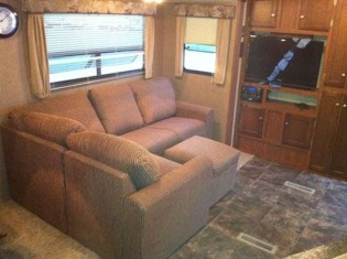 Awesome Rv Living Room Remodel Design14