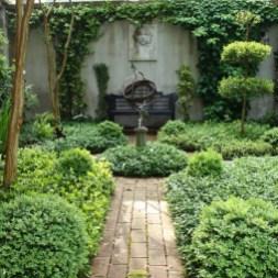 Beautiful Shady Gardens Design Ideas19
