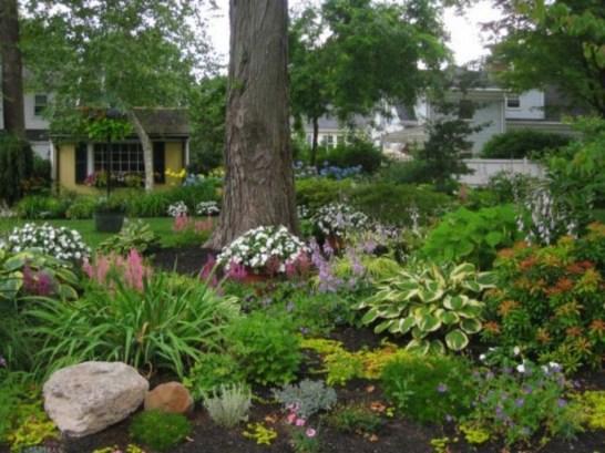 Beautiful Shady Gardens Design Ideas30