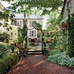 Beautiful Shady Gardens Design Ideas37