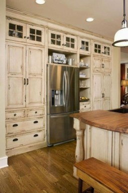 Charming Kitchen Cabinet Decorating Ideas07