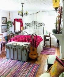 Chic Boho Bedroom Ideas For Comfortable Sleep At Night21
