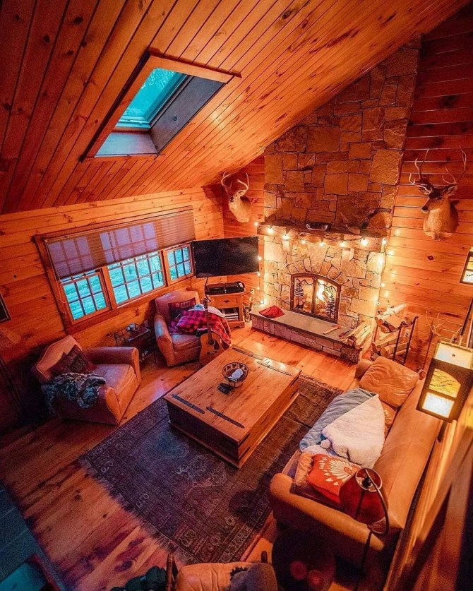 Gorgeous Log Cabin Style Home Interior Design25