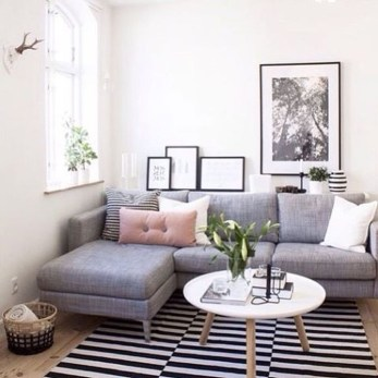 Impressive Apartment Living Room Decorating Ideas On A Budget42