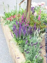 Incredible Flower Bed Design Ideas For Your Small Front Landscaping19