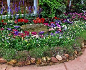 Incredible Flower Bed Design Ideas For Your Small Front Landscaping28