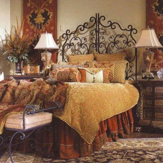 Tuscan Style Bedroom Decorative Ideas That Make Your Sleep Warm30