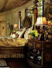 Tuscan Style Bedroom Decorative Ideas That Make Your Sleep Warm40
