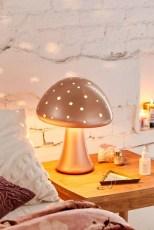 Unique Bedroom Lamp Decorations Ideas21