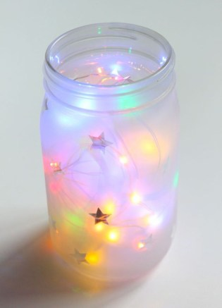 Awesome Diy Mason Jar Lights To Make Your Home Look Beautiful42