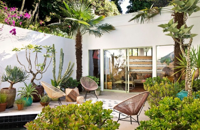 Comfortable Backyard Decoration Ideas For Your Summer30