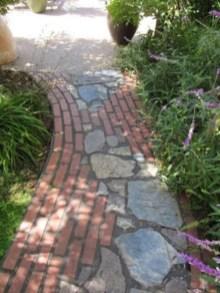 Creative Diy Garden Walkways Ideas For Stunning Home Yard04